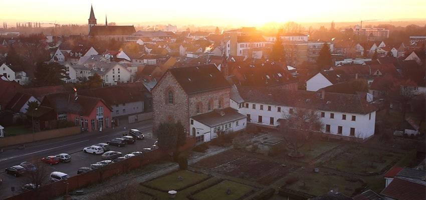 Kloster Blick von oben-min